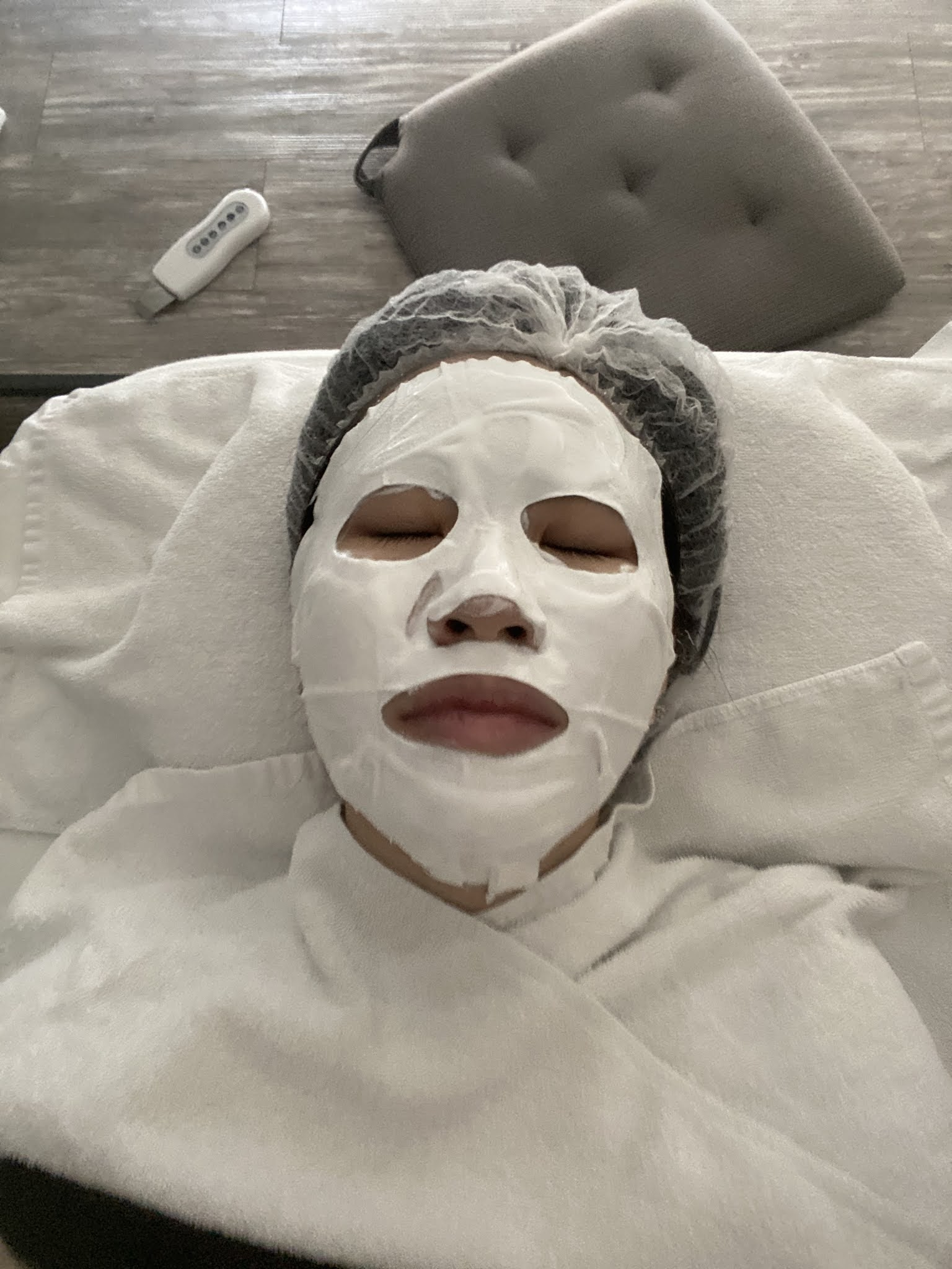 [ Yi Tsing ] IDS Aesthetics Facial Review - Hydro Therapeutics Treatment